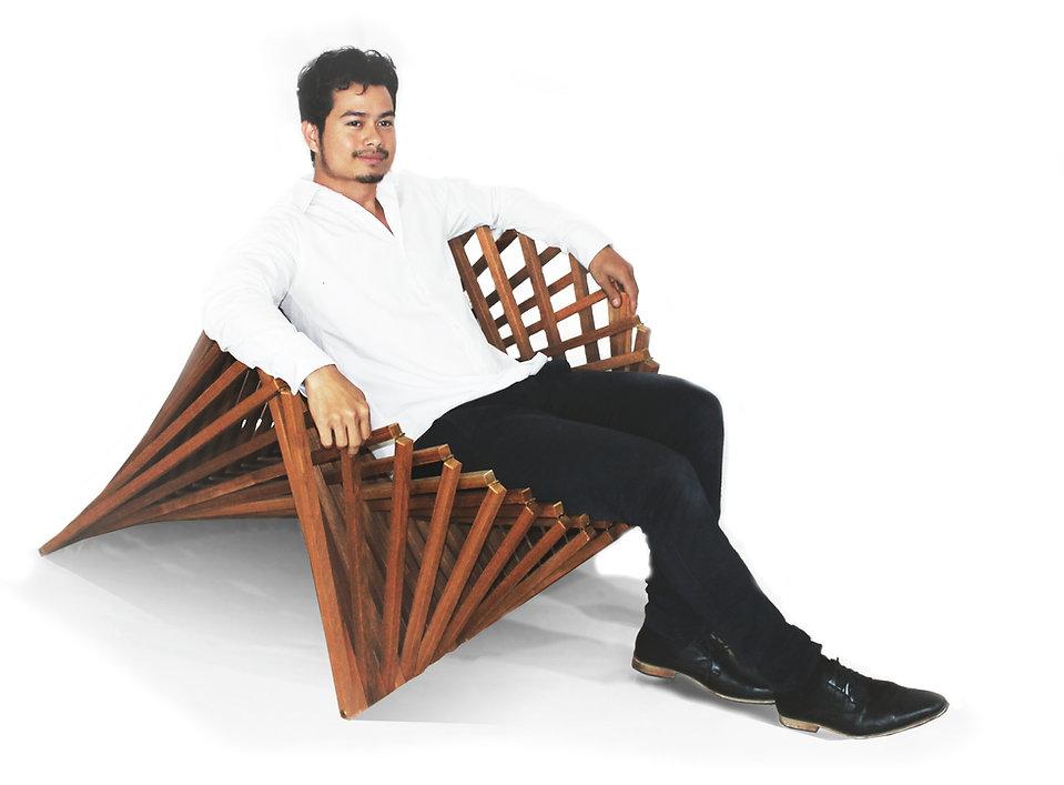 Robert van Embricqs Rising Chairkopie.jp