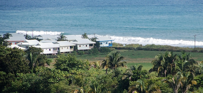 costa rica bungalows.png
