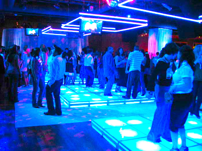 Idol dance floor