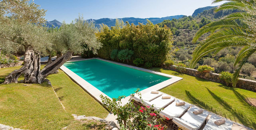 Son_Salas_Soller_Pool_2.jpg