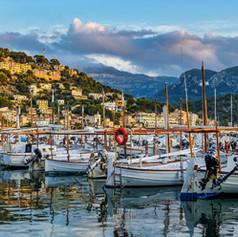 Port de Soller Mallorca.jpg
