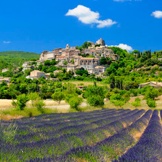 joucas-en-provence-village.jpg