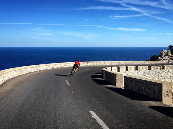 Bespoke Cycling holidays in mallorca.jpe