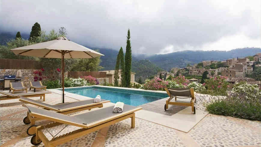 Sa_llupia_deia_villa_pool_views_edited.j
