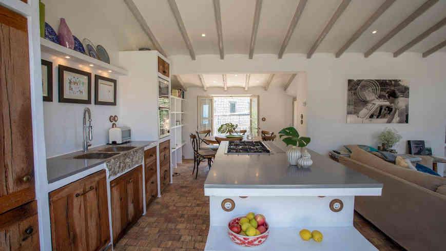 casa_nama_deia_kitchen.jpg