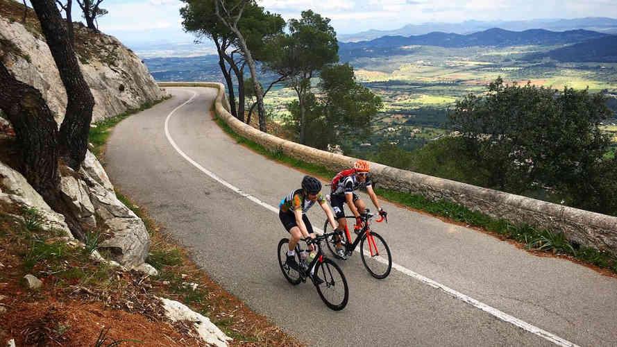 Guided-cycling-trips-mallorca.jpg