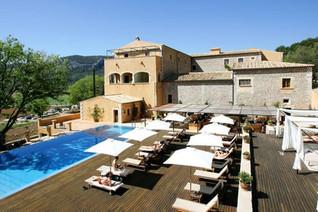 Mallorca cycling hotel Son Brull.jpg