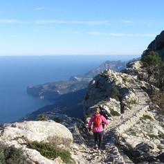 Hiking-Valldemossa-mallorca.jpg