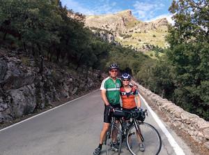 John and kara on their way to Sa Calobra