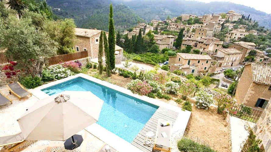 Sa_llupia_deia_villa_pool_views_2.jpg