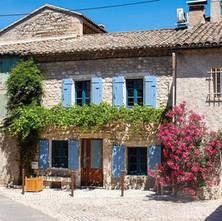saint-remy-de-provence-architecture.jpg