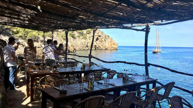 Restaurant-cala-deia-mallorca.jpg