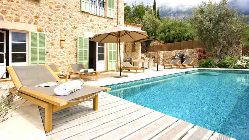 Sa_llupia_deia_villa_pool_2.jpg