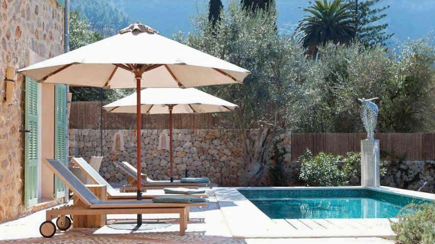 Sa_llupia_deia_villa_pool.jpg