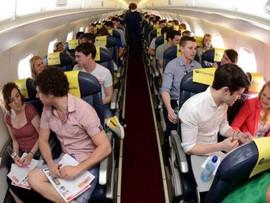 Citas Rápidas en Avión.  La mitad de los tripulantes encontró a su media naranja.