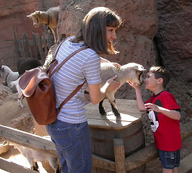 Joey%20and%20mommy_edited.jpg