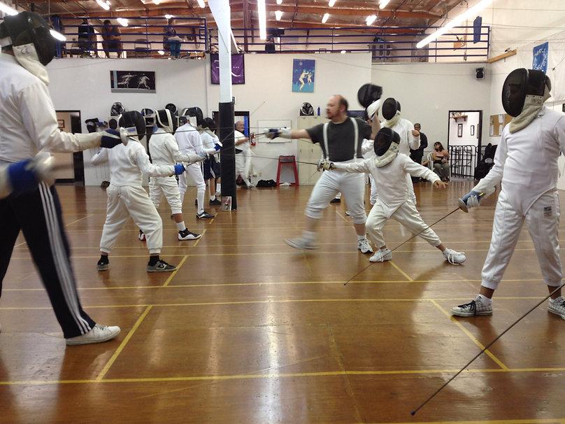 【報名屬於小朋友的劍擊班課程】讓你的小朋友劍擊技巧提升的劍擊課程