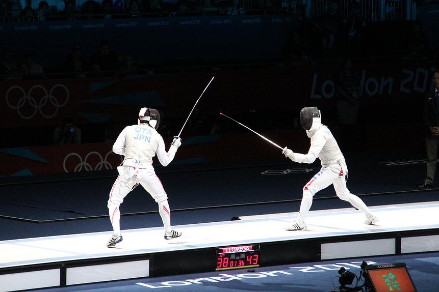 【劍擊教練】讓劍擊教練200%認真地教你的小朋友的極有效方法