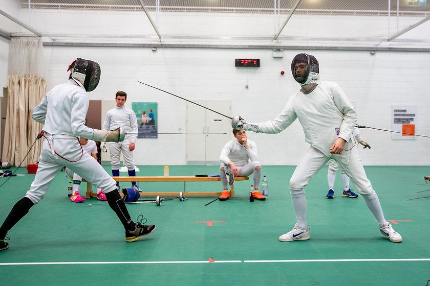 【劍擊學校學院選擇】劍擊教練會提供劍擊比賽的事後分析嗎?