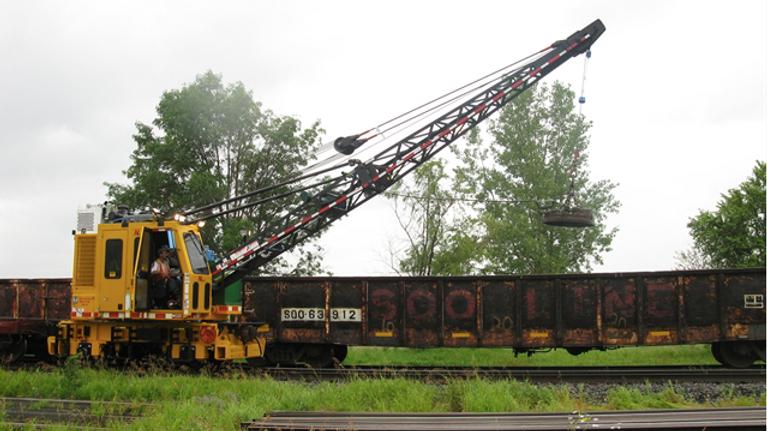 (1) Nordco Rail Crane (18) Ton
