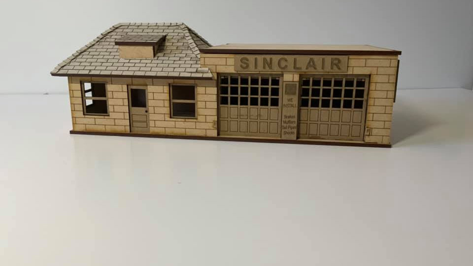 1/48 Scale 1940's Style Sinclair Gas Station