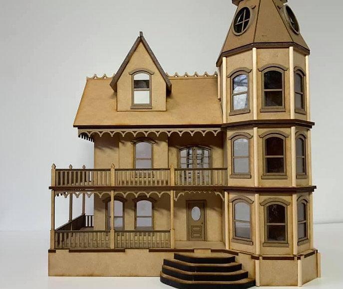 victorian mansion front.JPG