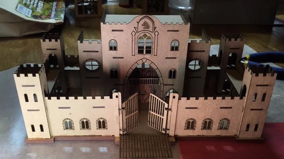 144th Scale Castle