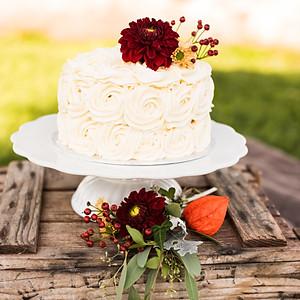 Cake Smash Flowers & Cake