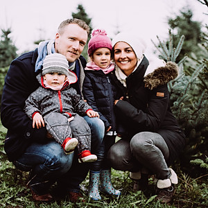 Familienshooting Christbaumhof Kavita