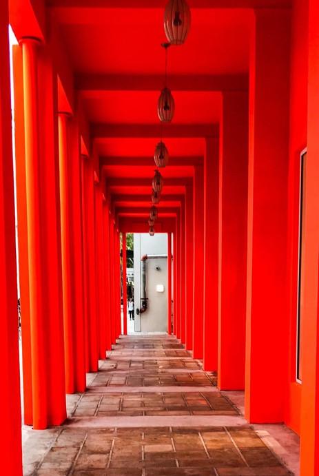 Miami Design District walk way.