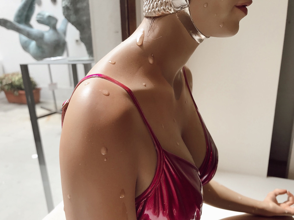 Carole Feuerman Sculpture at Belair Fine Art Venice