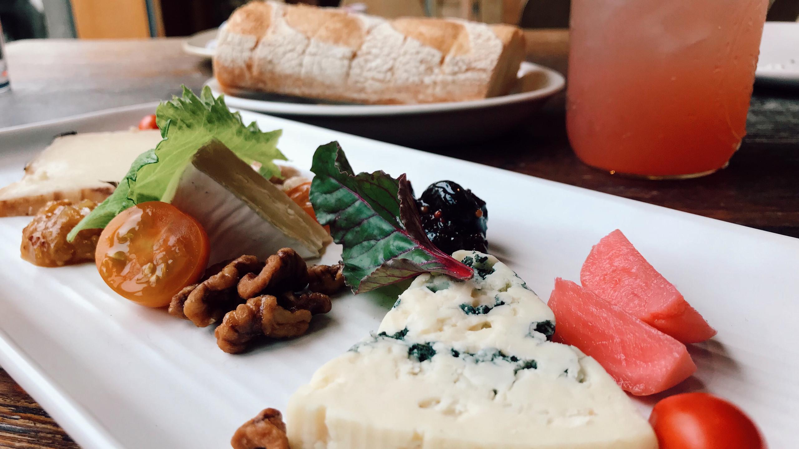 Terra Plata, cheese plate