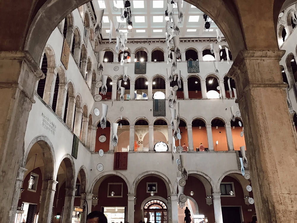 T Fondaco Dei Tedeschi Mall near Rialto Bridge, Venice