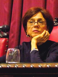 Profa. Dra. Maria Lucia Bastos Kern (PUC-RS)