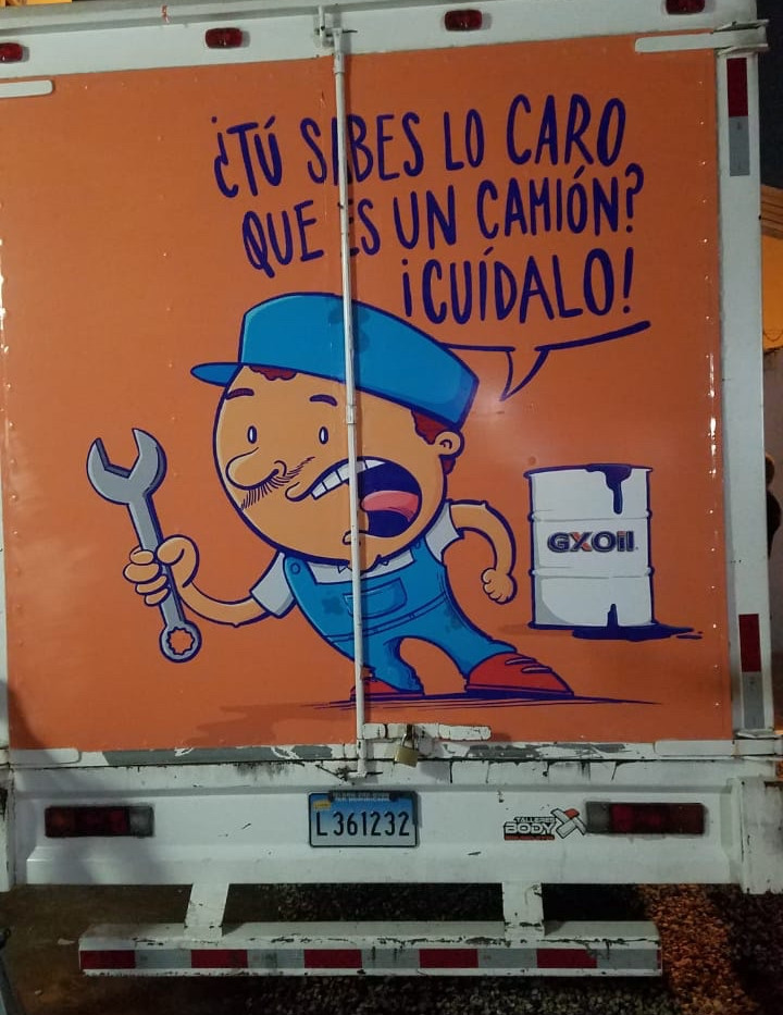 Camion de Reparto-2.jpg