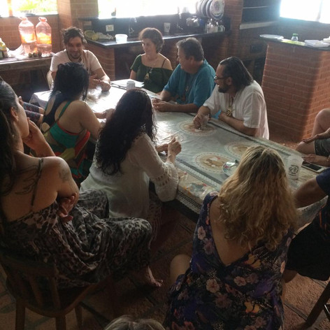 Roda de Conversa sobre caminhos de espiritualidade da terra