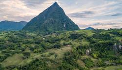 Cerro Tusa near Venecia, Colombia