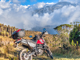 Suzuki DR650 Motorcycle Rental Colombia