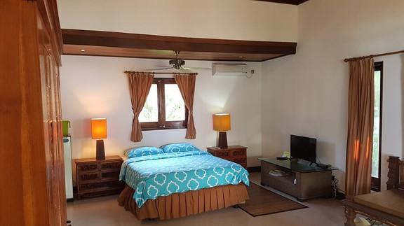 Frangipani suite at Villa Matanai accomm