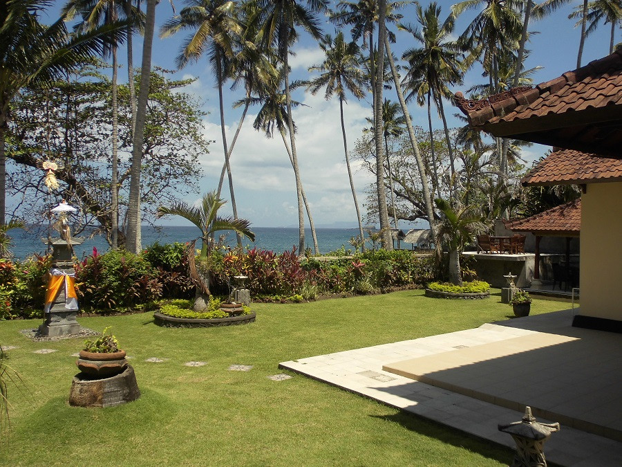 Villa Matanai grounds at East Bali.JPG
