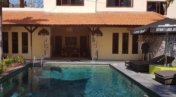 Surfing Villa accommodation at Villa Mat