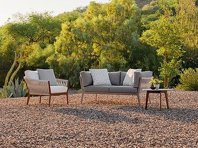 BrownJordan_h_desert_seating.jpg