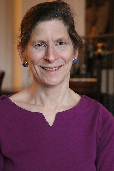 Eve Kahn Headshot.jpg