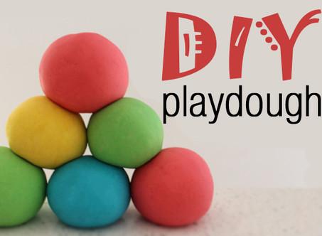 How to make playdough/Como hacer plastilina
