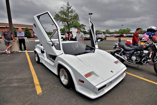 Lamborghini Countach - or is it?