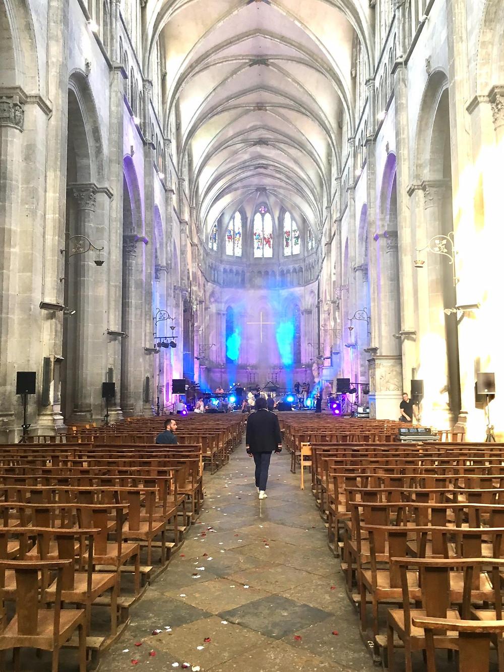 Laurent en concert dans les eglises et cathédrales de France