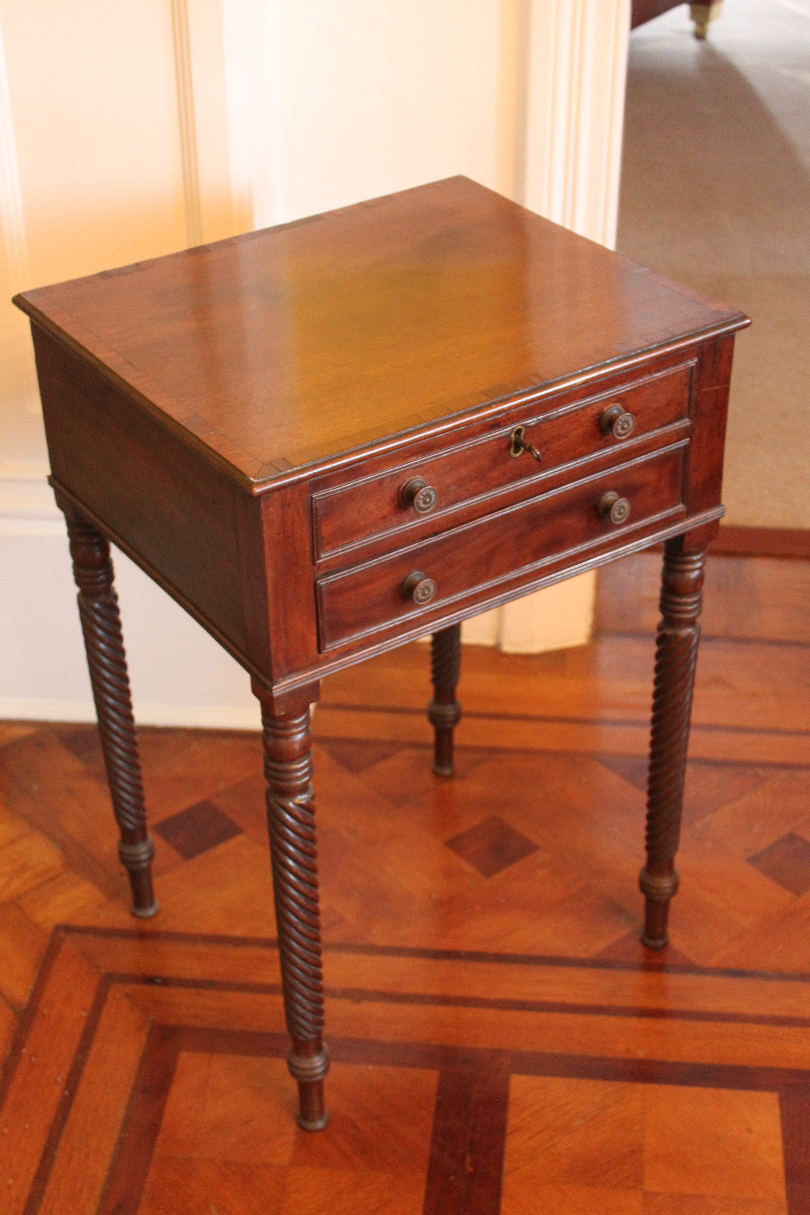Georgian mahogany and rosewood work tabl
