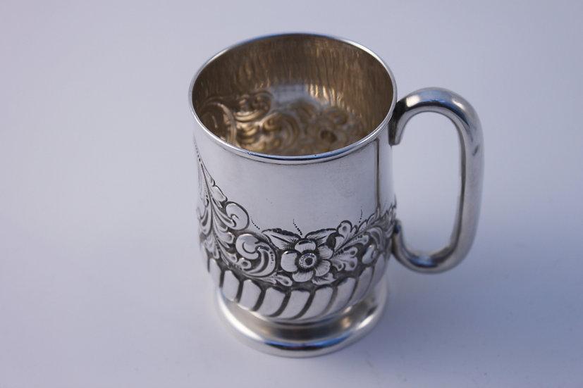Hallmarked silver tankard/cup