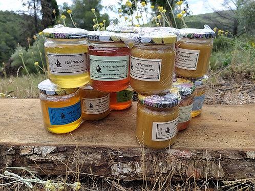 Assortiment de trois miels