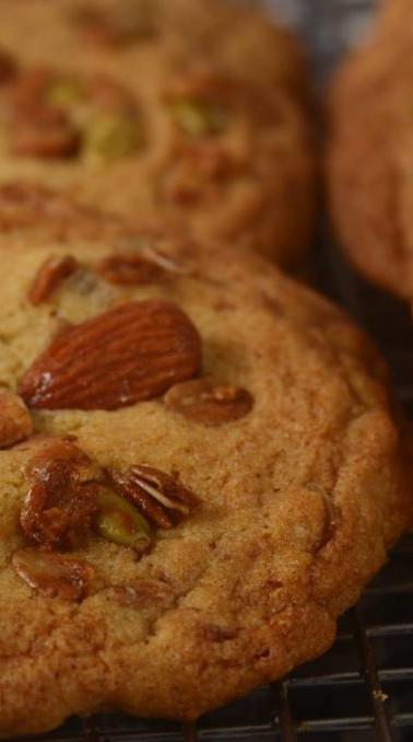 granolacookies-1024x678 (1).jpg